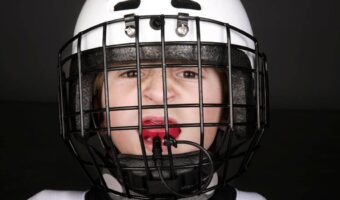 The-Best-Hockey-Mouthguards-1